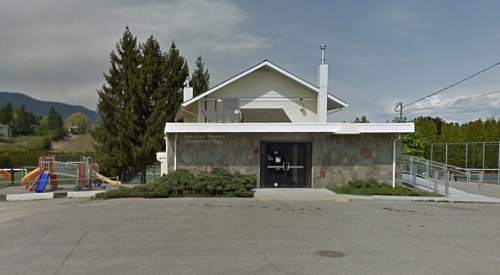 Some West Kelowna residents must vote elsewhere after leaky roof at advance polling station