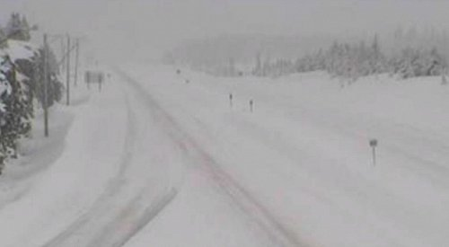 Heavy snow continues on the Okanagan Connector